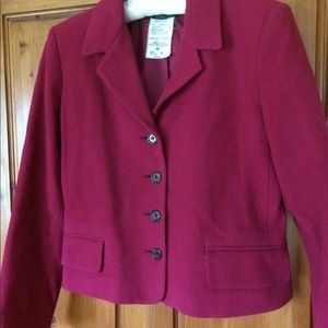 Harvè Benard magenta short-to-waist Jacket size 8